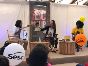 A pedagoga Gisela G. de Carvalho apresenta seu trabalho